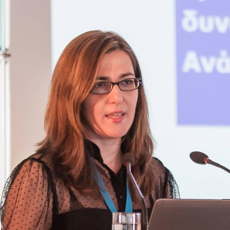 Dr. Eleni Lamprou